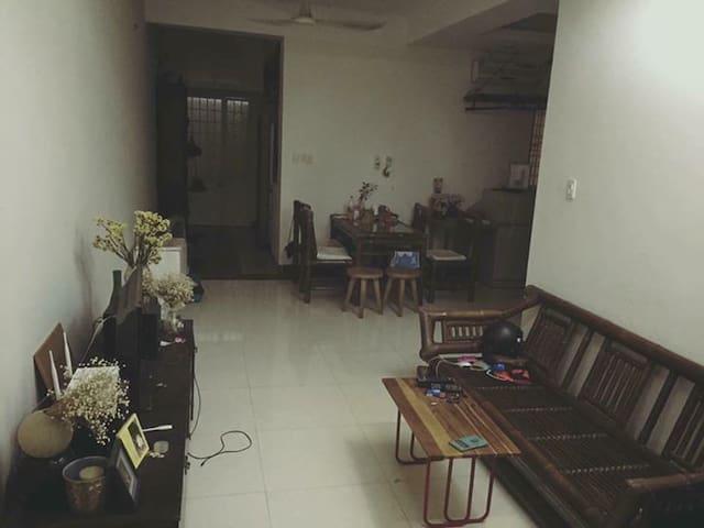 Private room in cozy apartment near Saigon center - Ho Chi Minh City - Apartment