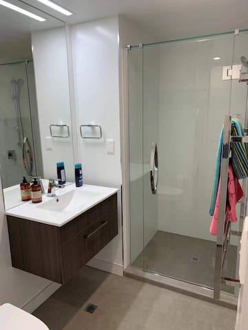 Shao Apartment