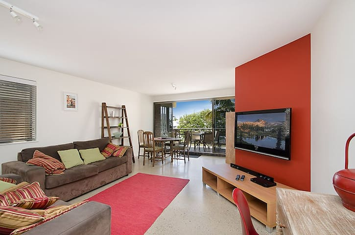 Redhead Beach Unit @ Mooloolaba - Mooloolaba - Apartment