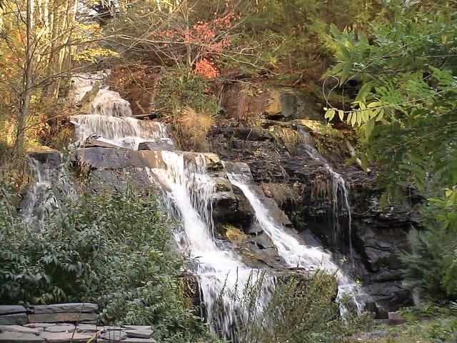 Waterfall House, Catskill Get Away, near skiing