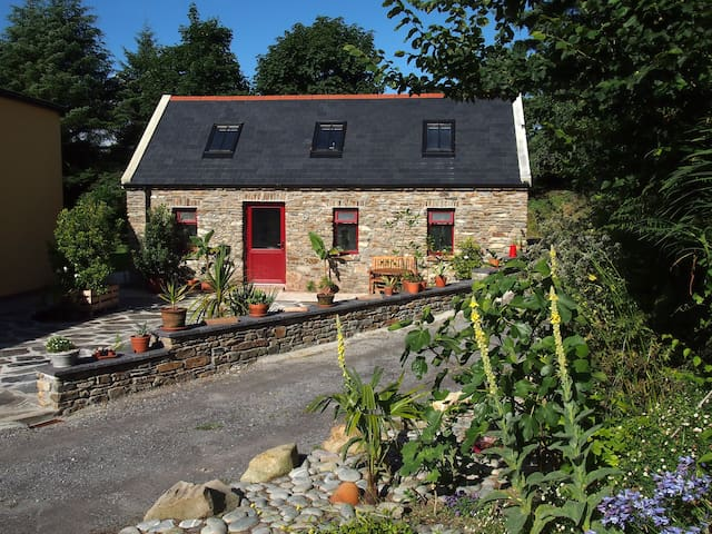 Boutique Holiday Cottage - Durrus