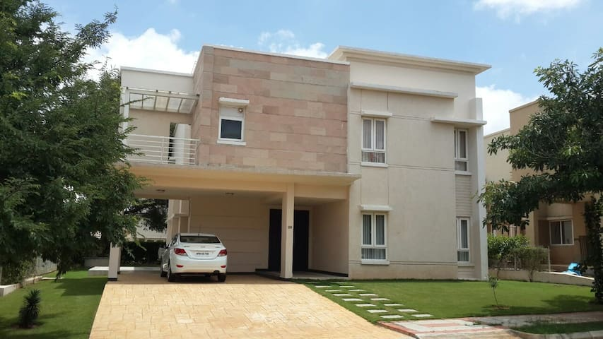 Villa @ Banyan Tree Gated Community - Hyderabad - Talo