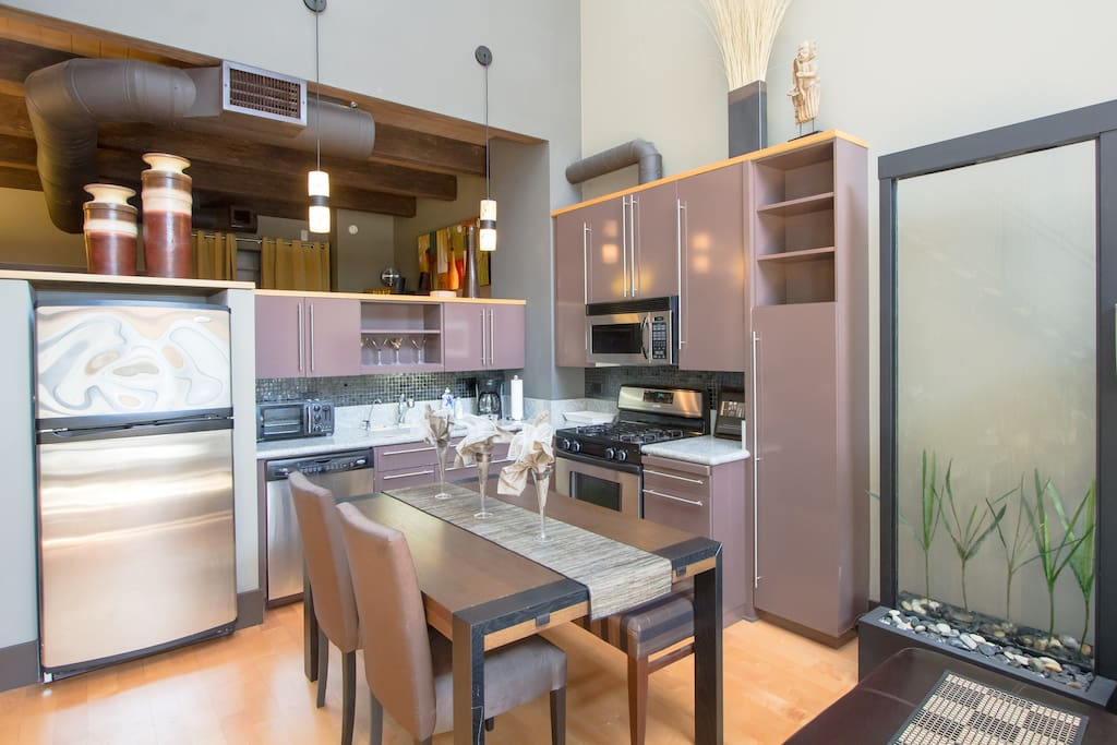Luxurious 2 Story Floor Unit W View Of Santana Row Lofts For Rent In San Jo