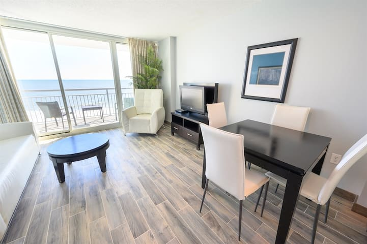 Remodeled 2020 5th Floor Condo All Tile Near Boardwalk and Wicked Tuna