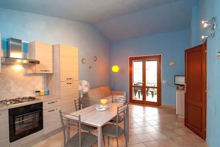 Grazioso appartamento nuovissimo a 1 km dal mare!