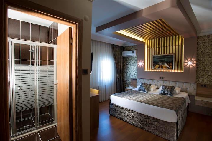 As Albion Hotel Kadıköy - Kadıköy - Bed & Breakfast