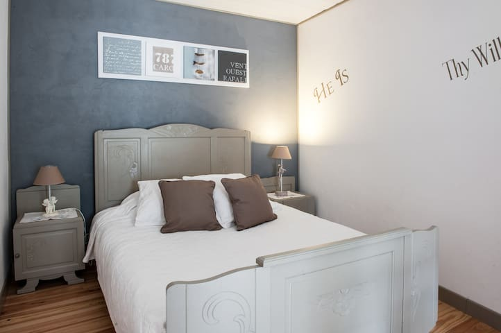 Chambre La Rochelle Marais Poitevin Chambre bleue