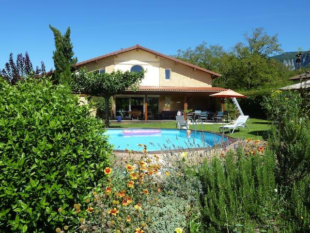 Maison d'architecte,piscine et ski dans le Vercors - Saint Pierre de Chérennes - Huis