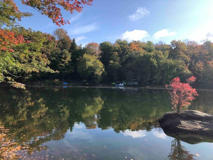 4 Season Cottage by Lake /Catskills