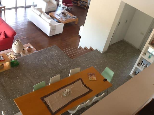 Yemek Masası ( asma kattan)