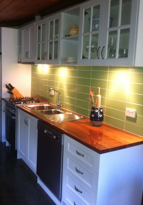 Clean modern cooking facilities