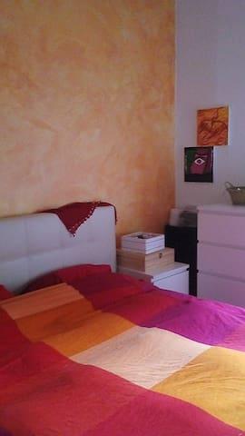 Camera luminosa in Abbiategrasso Milano - Abbiategrasso - Rumah