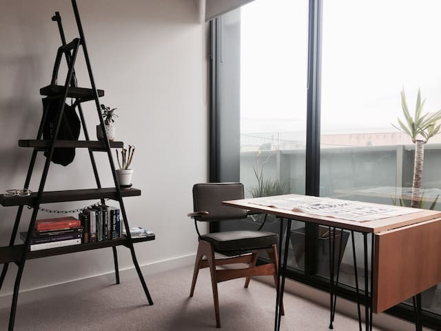 Retro-chic apartment in up-and-coming Northcote - Northcote - Apartment