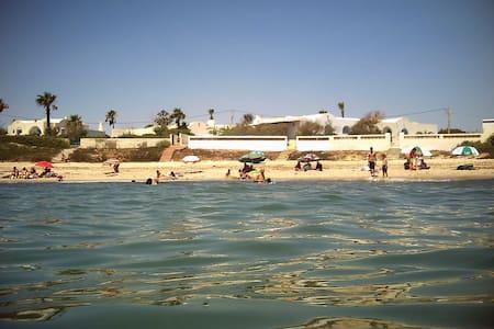 Jolie villa avec piscine privé /2 semaines MINIMUM - Village Touristique de Maamoura - Bungalow
