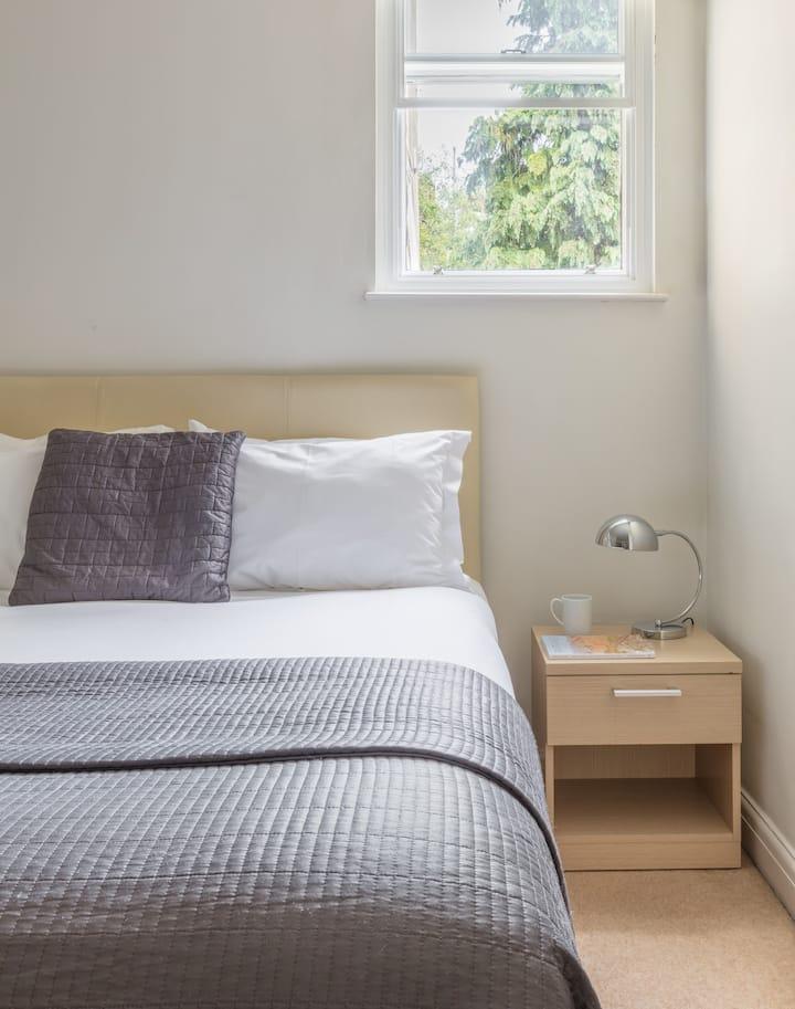 Bath One Bedroom Apartments