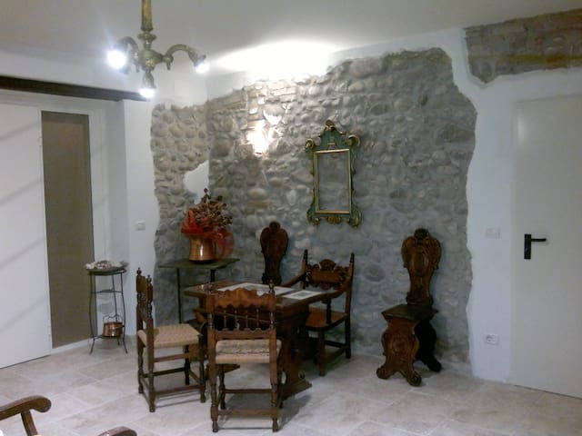 Bellissimo appartamento lilla a Bardolino