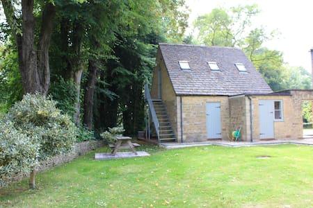 Annex @ The Rectory - studio flat