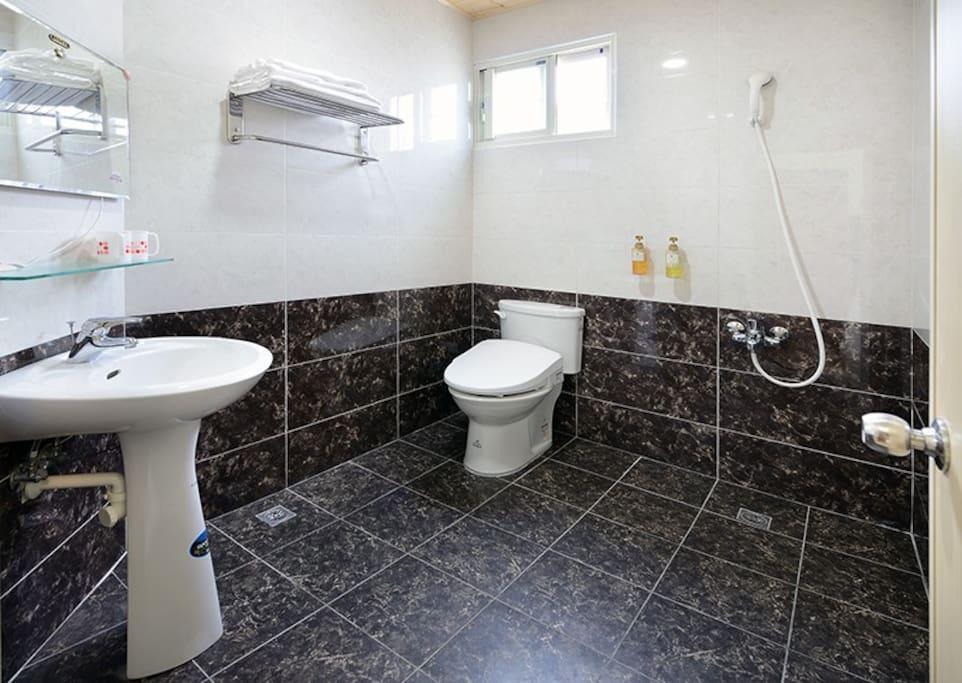 301海景房衛浴