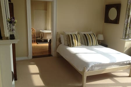 Luxurious double on River Hamble - Bursledon - Bed & Breakfast