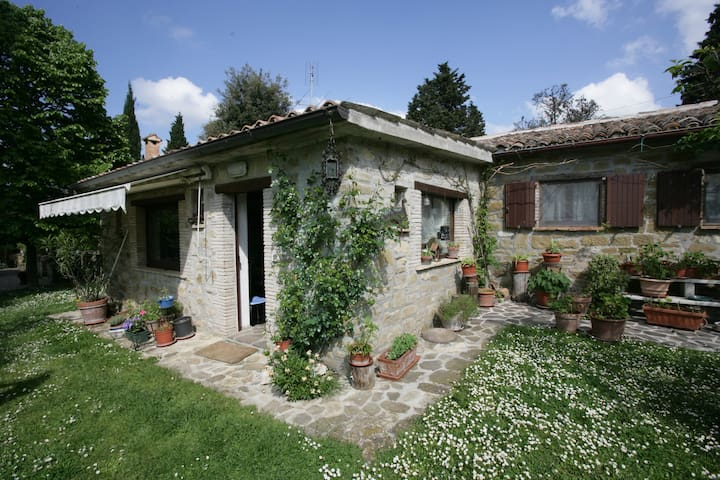Casa antica in pietra con piscina - Ponte D'assi