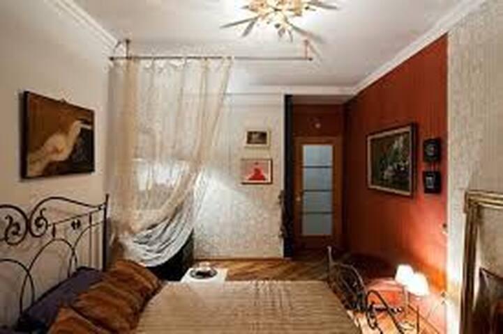 Beautiful and spacious Room.
