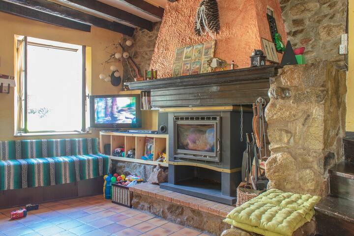 Maison Tradicionel montagnard Ariege Pirenees