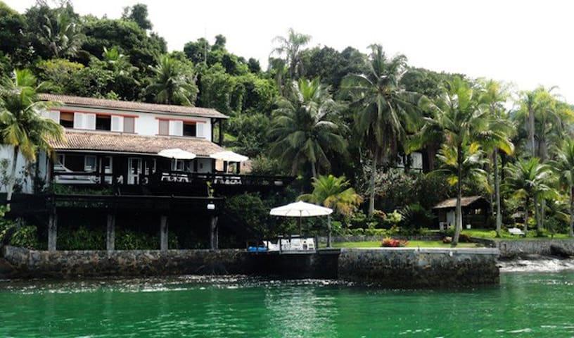 Belíssima casa para Aluguel na Ilha da Gipóia