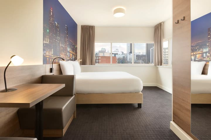 King Room with excellent city view