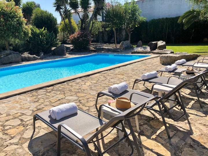 Luxury villa with private pool close to Obidos