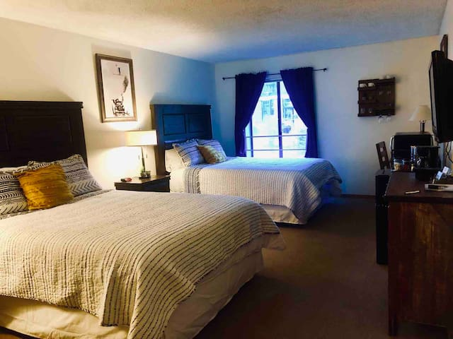Dog friendly unit in Center Village- Sleeps 4
