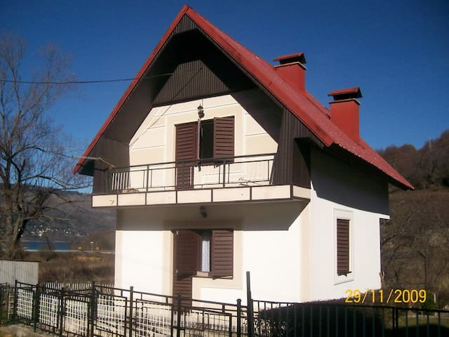 Villa NIkiforovo - Municipality of Mavrovo and Rostusha - วิลล่า
