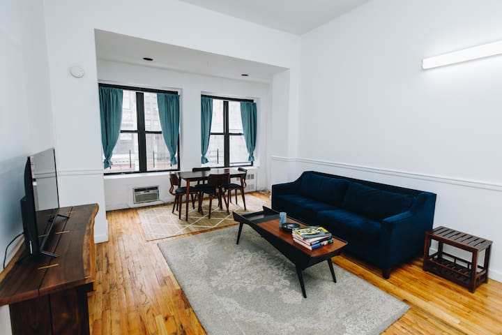 Spacious 3 Bedrooms, 2 Baths by Bryant Park