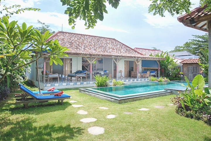 Villa Indigo in Bingin Beach