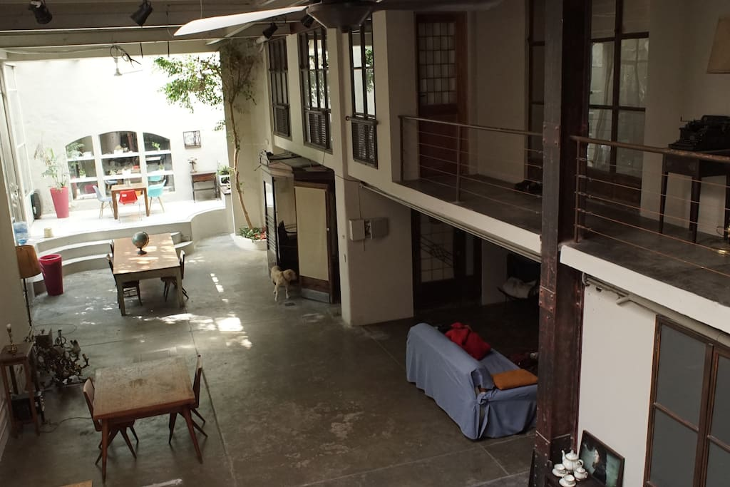 Habitaci n compartida casa en san telmo casas en for Alquiler habitacion compartida