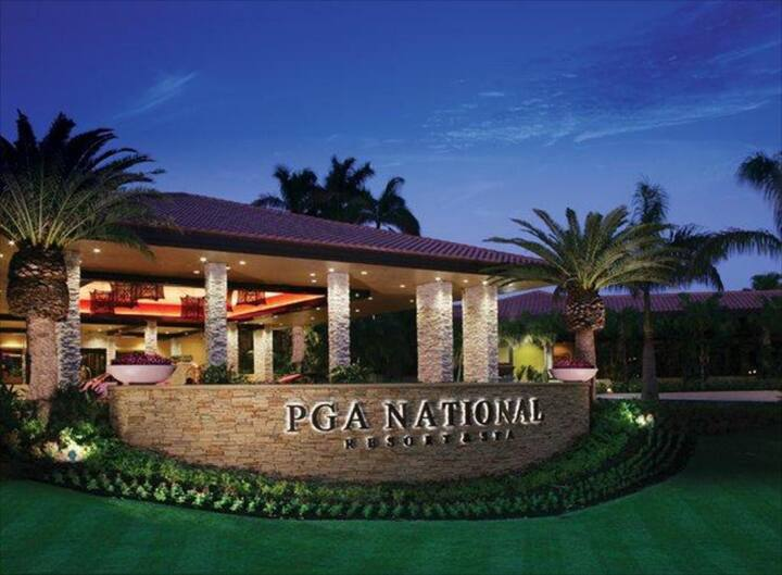 PGA National Resort & Spa at Club Cottage