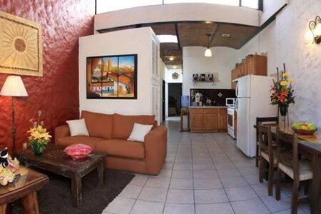 2-Bedroom Apt in the heart of Tlaquepaque, Mexico - Tlaquepaque