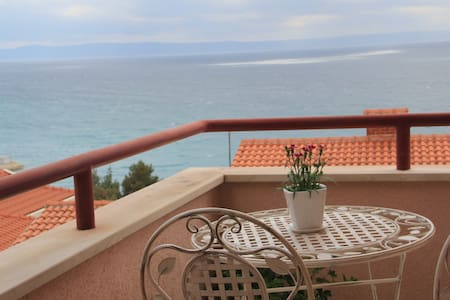 Comfort sea view apartment with two bedrooms - Baška Voda - 客房