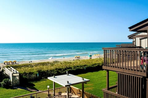 ☀️Oceanfront Serenity with Private Beach Access☀️
