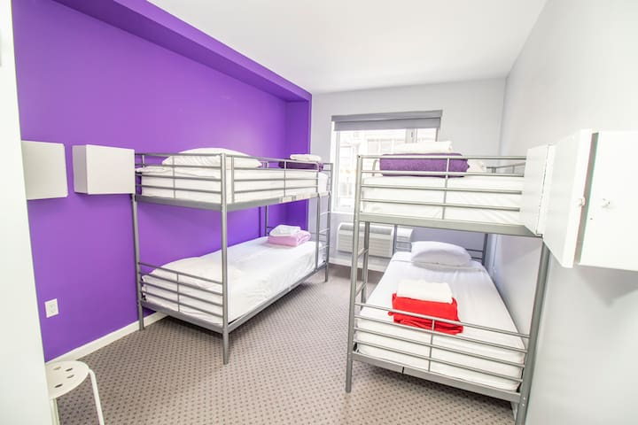 ★Single Bed in a 4-Bed Female Dorm Room,City View★
