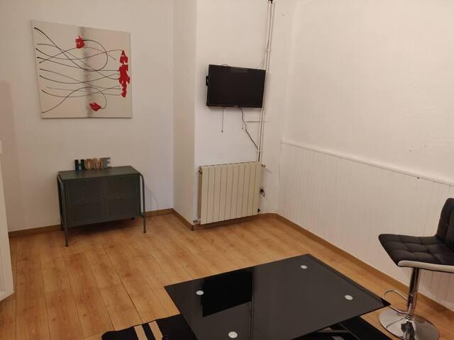 Studio cosy tout équipé centre de Bourg St Andéol