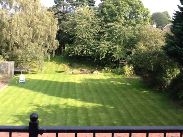 Single room with balcony Woodthorpe