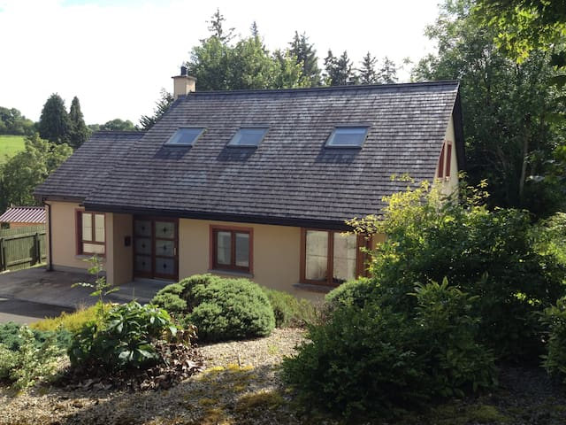 Idyllic Irish hideaway 10 miles from Sligo - Dromahair - Casa