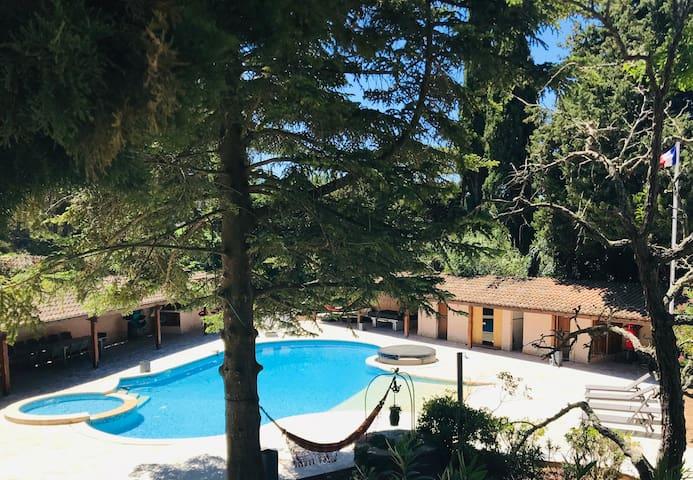 La Bastide du Vallon 1 piscine spa sauna