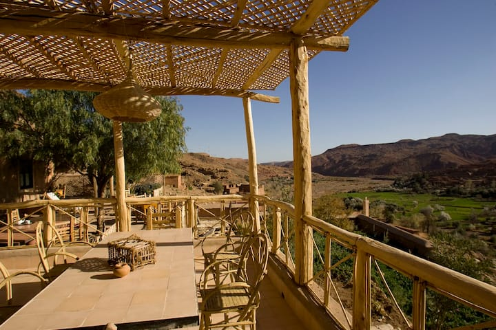Irocha: a charming guest House in the high atlas