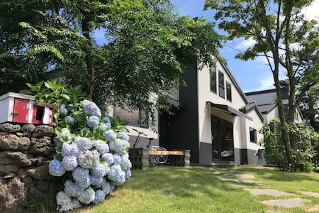 BEADTREE_HOUSE near the Jeju airport