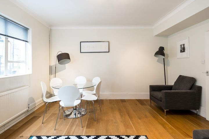 FANTASTIC LOCATION IN SOUTH KENSINGTON, UP TO 6ppl
