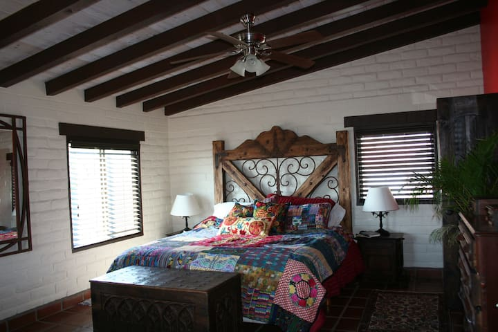 Beach Studio on the hill with views - Rosarito