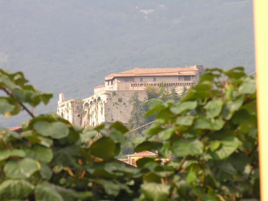 Il castello Malaspina di Massa visto dalla nostra casa