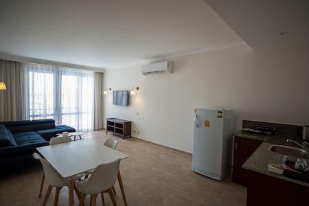 (So Inn) 1 Bedroom Serviced Apartment