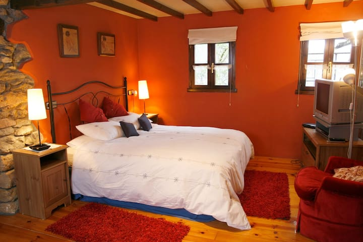 Casa Rural en Asturias: El Trebano - Infiesto - Talo